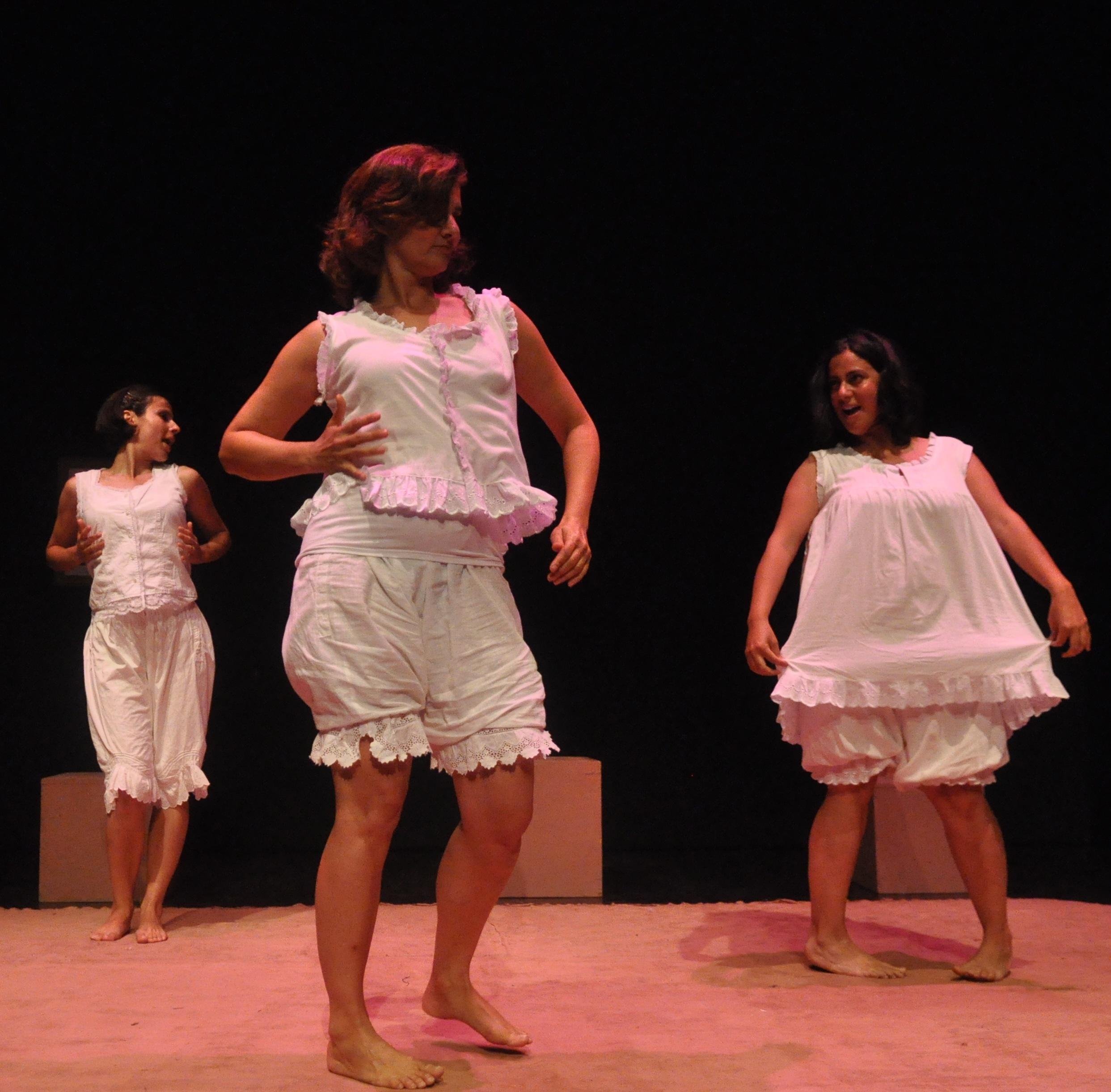 ImagesOfWomen2011(3)